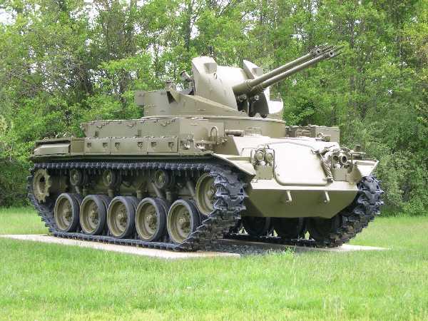 مجموعه من الصور الرائعه للدبابات القديمه للجيوش الغربيه  20060509_2084_NSengupta_AberdeenProvingGroundss