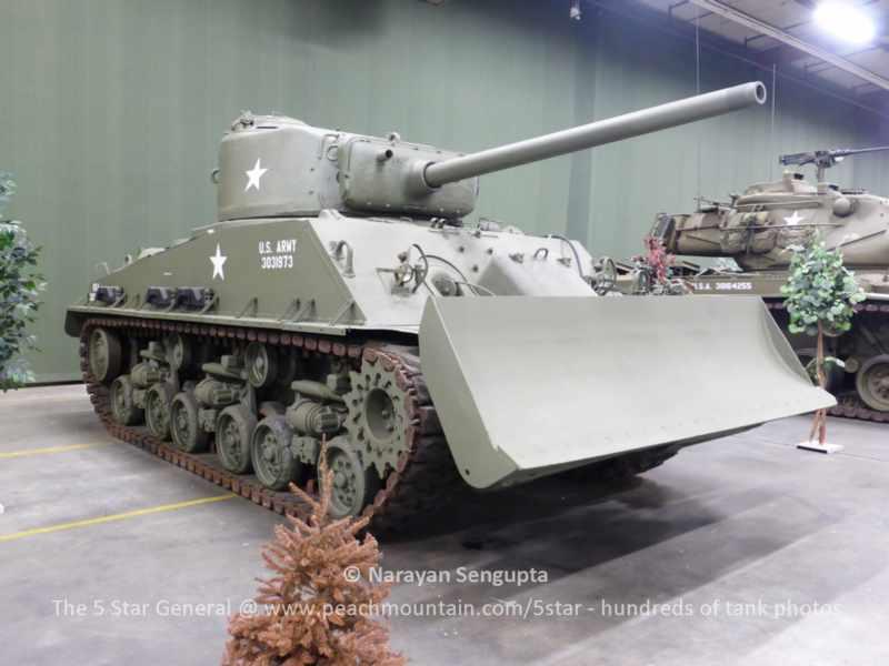 US M4A3E8 Sherman photos - AAF - American Armor Foundation