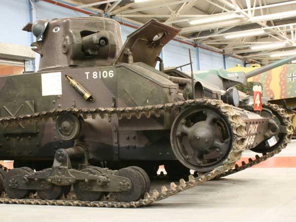 Джон Карден. Пехотный танк