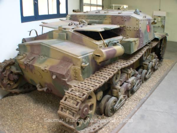 Musee Des Blindes Saumur Photos Italian World War Ii Tanks